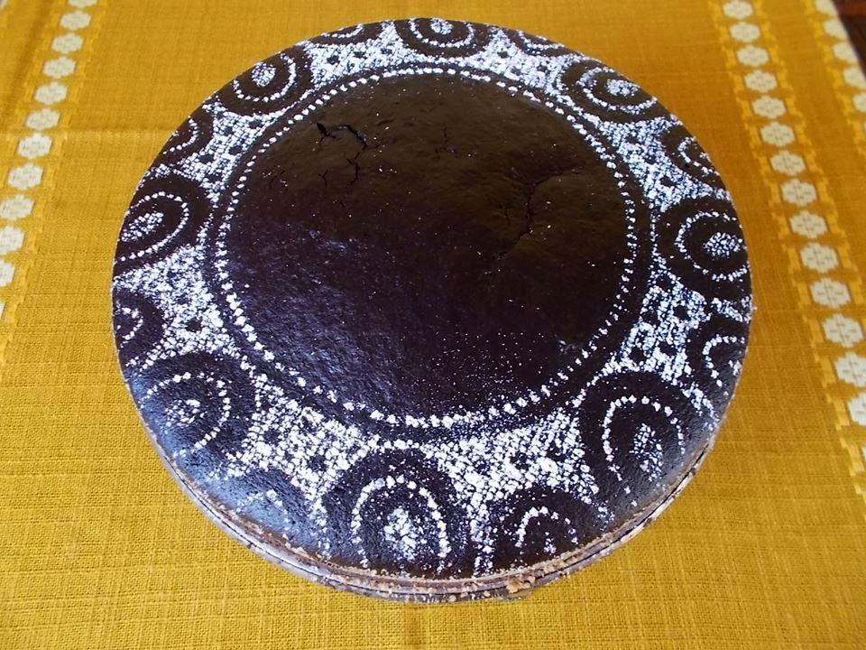 Ciasto czekoladowe z olejem i orzechami