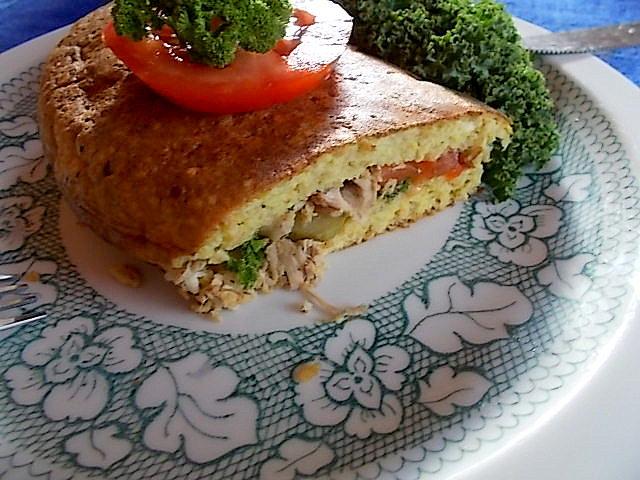 Otrębowy omlet z dodatkami