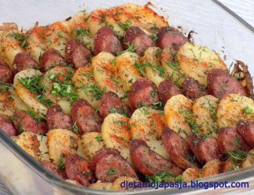 Zapiekane ziemniaki z kiełbasą