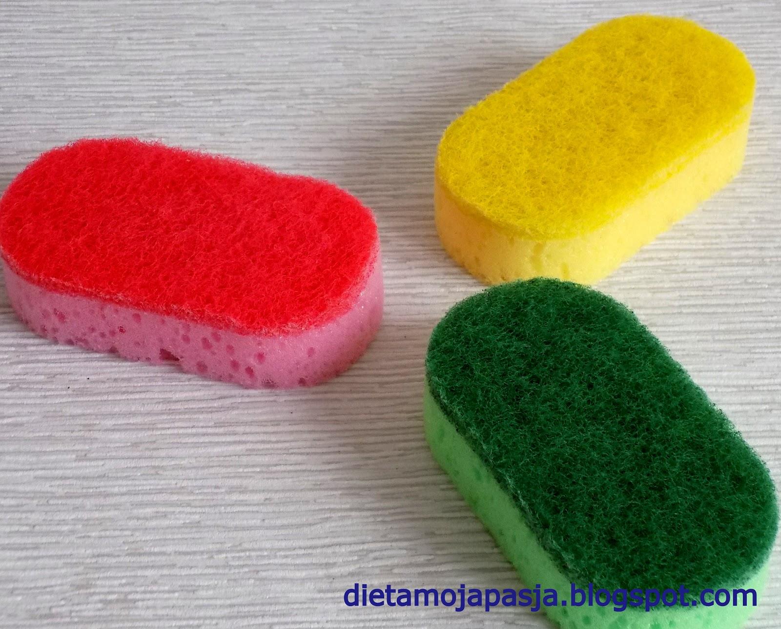 Gąbki do zmywania naczyń