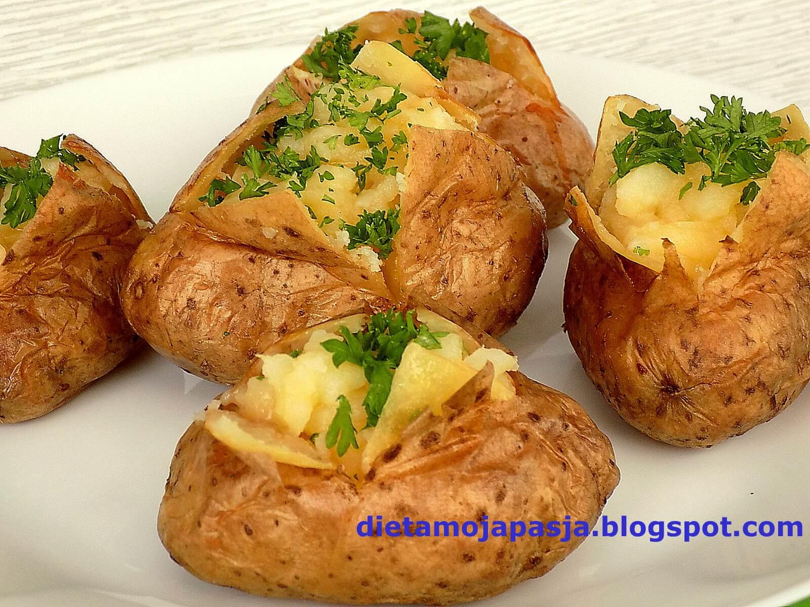 Wybuchowe ziemniaki - pieczone w piekarniku