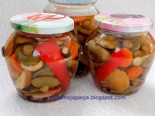 Pikantne grzyby z papryką