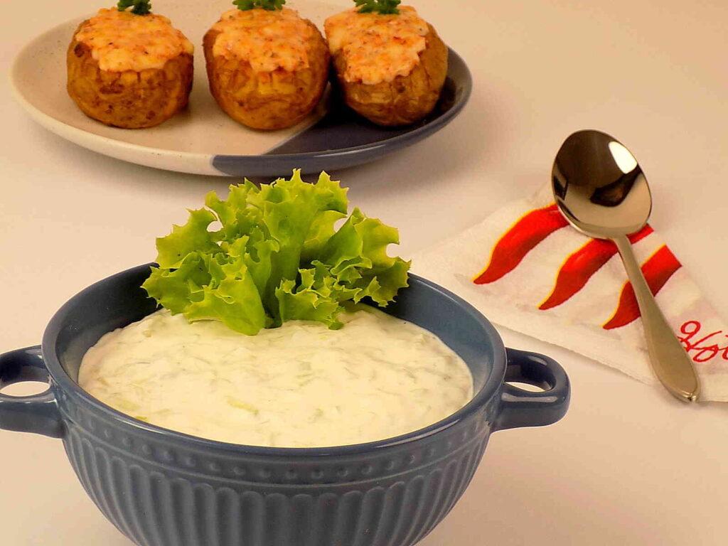 Grecki sos tzatziki przepis