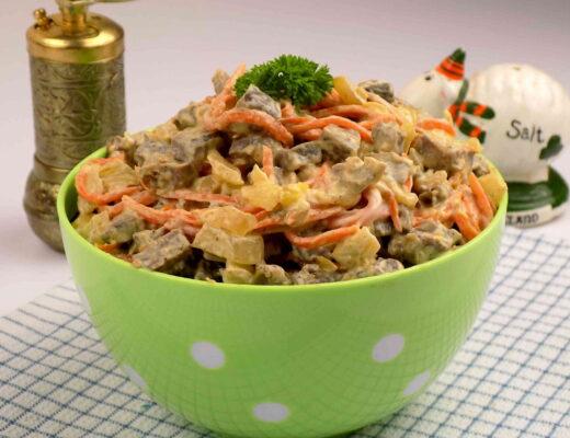 sałatka z marchewką cebulą i majonezem - Tania sałatka